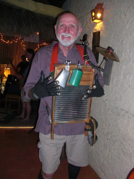 Leon our washboard player